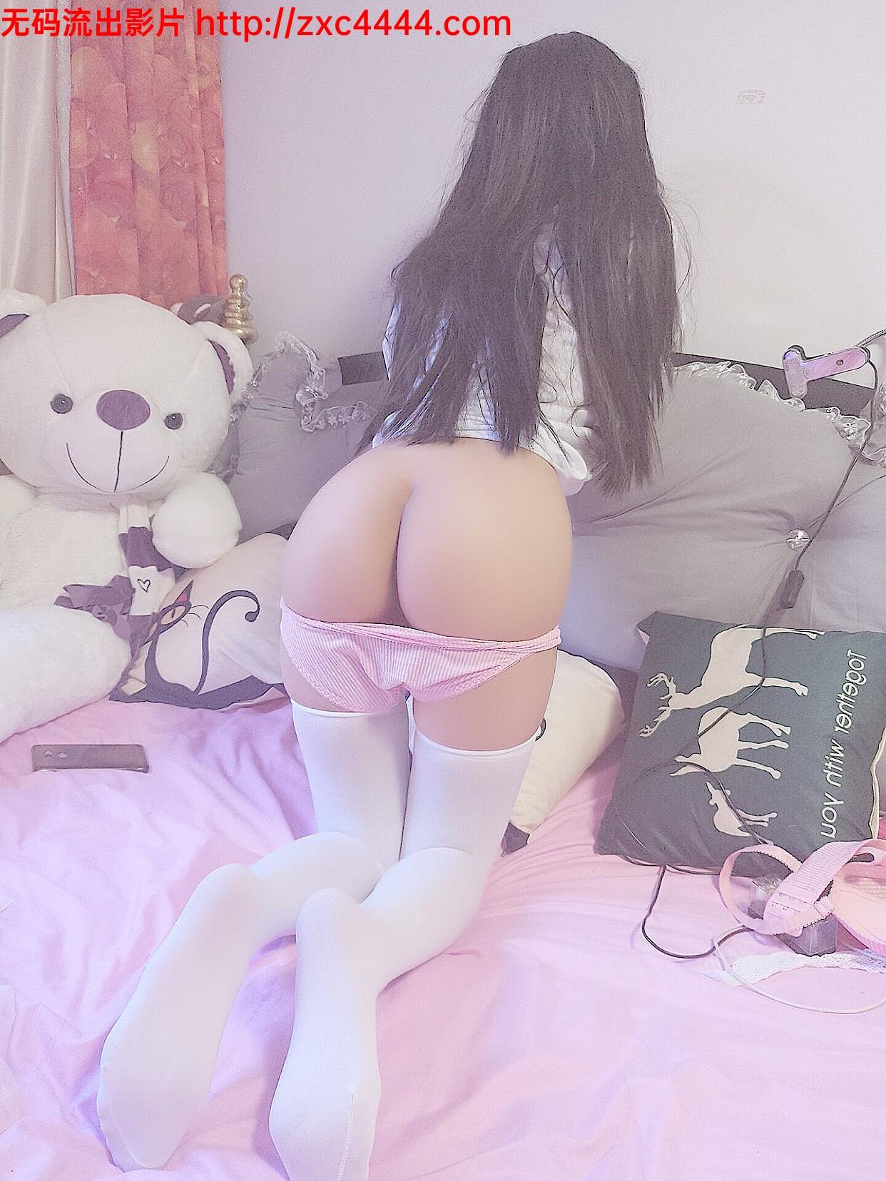 網紅少女-私人玩物最新內部VIP視圖包之羅莉少女粉