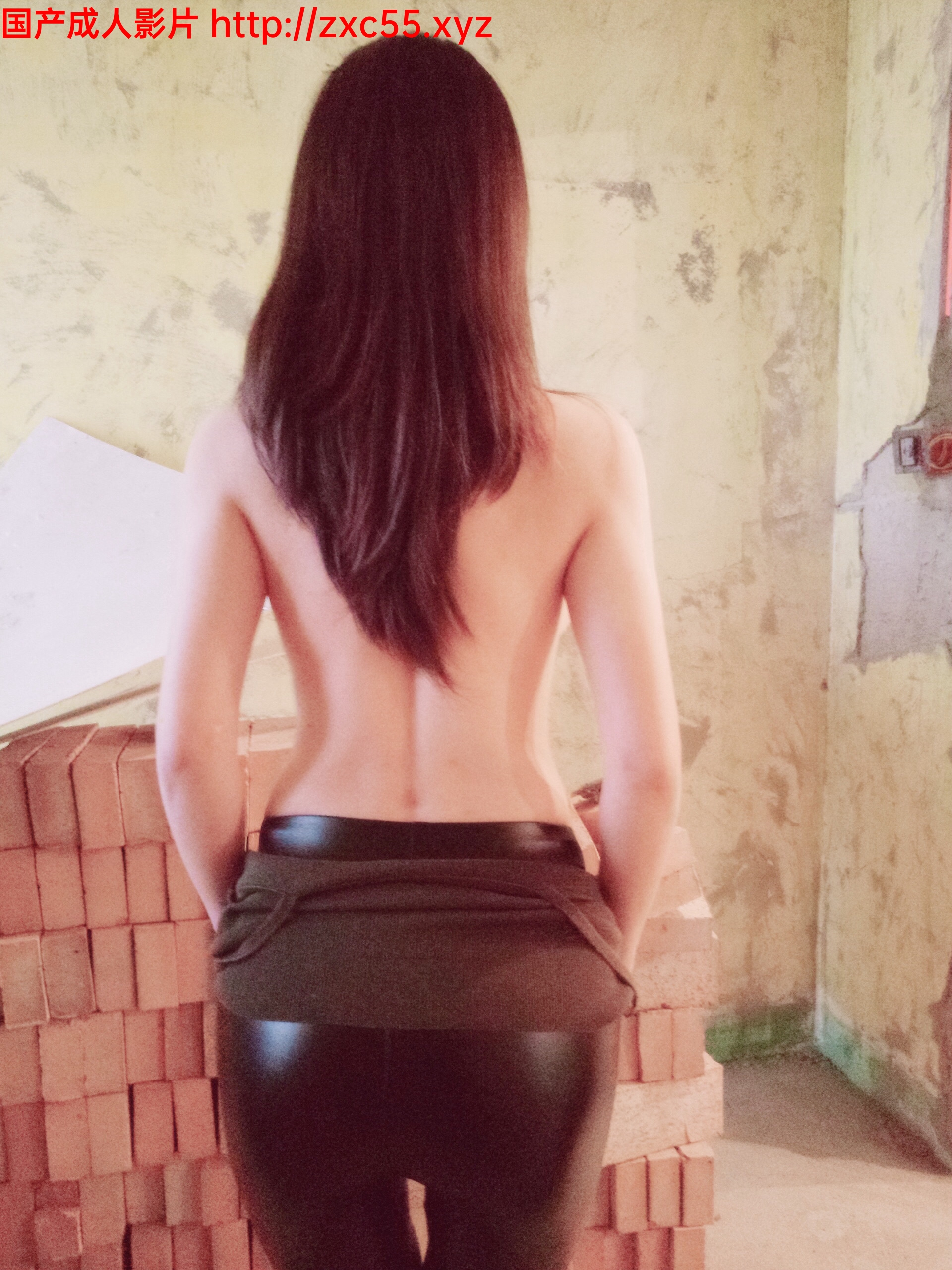 微博福利姬嫩妹麻酥酥哟-室外工地【69P/101MB】